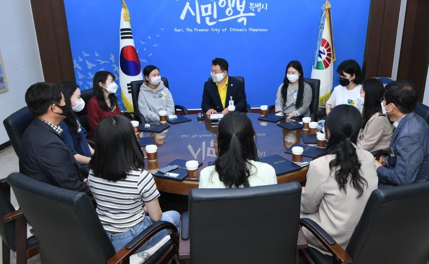 사본 -SNS 서포터즈 위촉장 전달식(사진자료).jpg